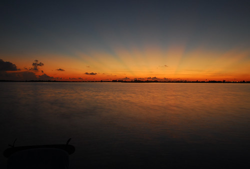 Lori Barbely travel photography Belize sunset