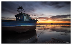 L1003916 (robert.french57) Tags: d44 thorpe bay boats southend sea coast sun sunset sky lowlight bob robert french 57 leica q 24mm lens pier mud land seaside fun