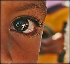 Share my vision... (carf) Tags: poverty girls boy brazil streets eye boys girl brasil kids youth children hope kid eyes community education support child hummingbird culture esperana social impoverished underprivileged altruism vision shanty educational beijaflor favela development investment prevention cultural changemakers mundouno