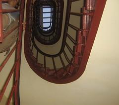 Escaleras del edificio (Les soeurs Borda) Tags: apto paris13