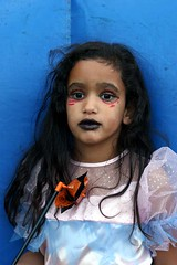 Dead Princess (gwen) Tags: 20d halloween children dead costume kid scary toddler child princess contest muerte alameda tot gu pf ofrenda websterstreet costumecontest ofrendabadge