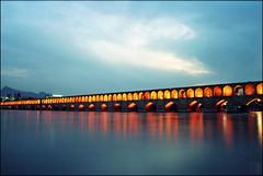 (Hessam Samavatian) Tags: colors river iran esfahan isfahan esfehan zayanderoud allahwerdiekhan esfon