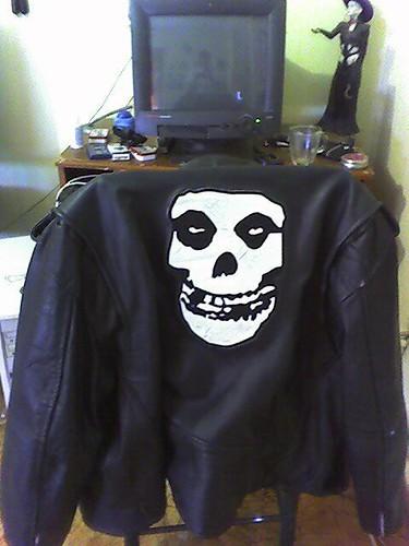 jacket patch leatherjacket themisfits psychobilly horrorpunk