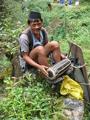 have a break... (Buzia) Tags: nepal trekking himalaya sherpa helambu