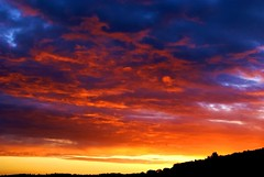 before sunrise (algo) Tags: red england sky beautiful clouds sunrise photography dawn topf50 bravo colorful searchthebest quality topv1111 horizon chilterns topv999 colourful algo topv3333 topf100 magicdonkey specsky abigfave anawesomeshot impressedbeauty
