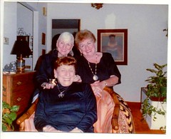 Freedenberg Sisters (Alexandra F) Tags: family sisters familyreunion grandparents grandma grandmother greataunts nana bubbe grandmas grandmothers greataunt bubbes bubbies nanas tante mishpacha mishpocha mishpachah mischpochah
