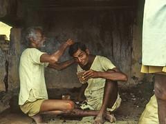 INDES du Sud * le coiffeur (Raoul@) Tags: india hairdresser globalvillage globalcity invitedphotosonly gvadminshalloffame itsabeautifulgv