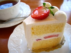strawberry cake (Kanko*) Tags: food cup cake strawberry tea sweet
