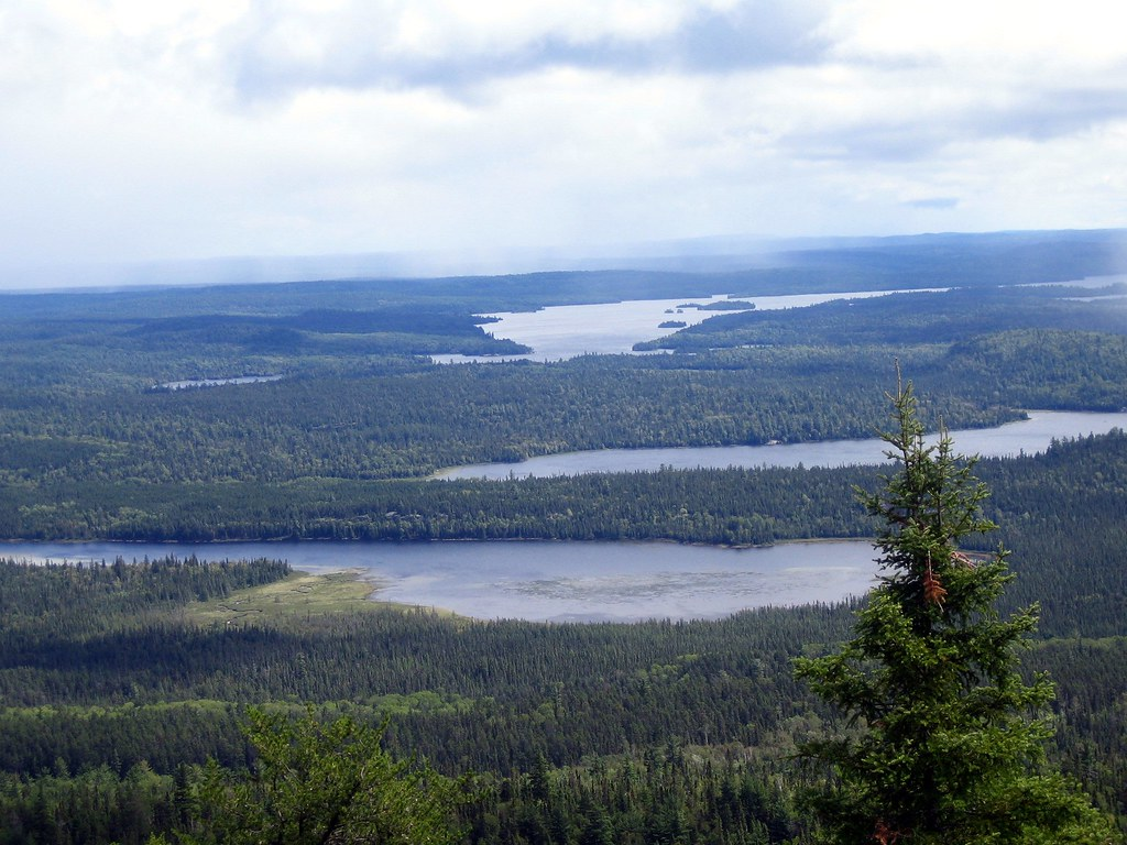 Maple Mountain View - Tupper, Hobart and Lady Evelyn Lakes