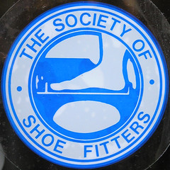 THE SOCIETY OF SHOE FITTERS (Leo Reynolds) Tags: squaredcircle sqset014 olympus c770uz 002sec f32 iso125 185mm 0ev xleol30x sticker hpexif xratio1x1x xsquarex xxx2006xxx sign