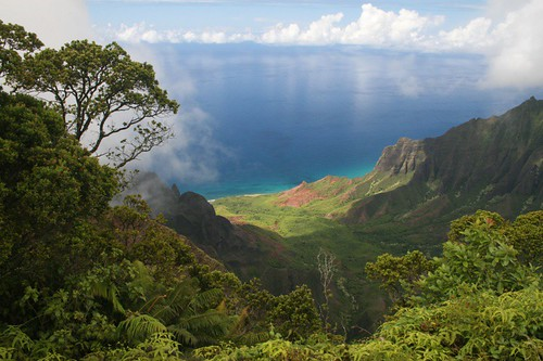 Napali Coast Hike. Na Pali Coast, Kauai A scenic