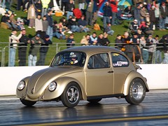 gold beetle (olieddymoo) Tags: santa uk england car sport race speed pod track fast motorbike loud motorsport dragster stunts santapod poddington
