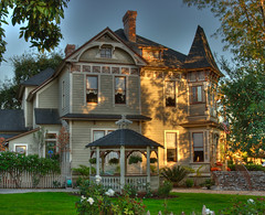 Beautiful Old House in Monrovia California (_Allen_) Tags: california old house beautiful geotagged antique monrovia hdr getilt0 gerange1000 geolat34154361 geolon118001801