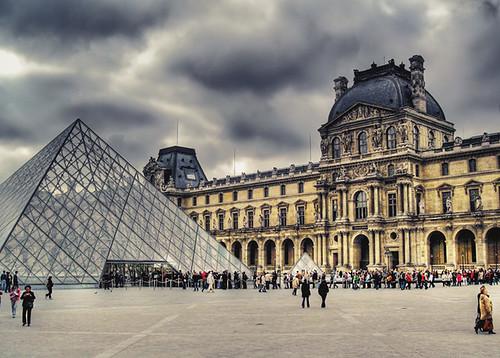 Louvre por J.Salmoral.