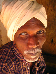 Half-Sight, Full Insight (Meanest Indian) Tags: people india men pondicherry