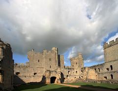 Bodiam Castle (Skink74) Tags: uk castle 20d bodiam eastsussex hdr bodiamcastle canon1022f3545 3xp