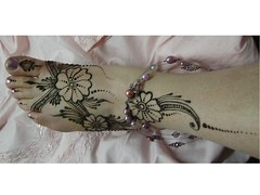 mehndi on pink (Henna By Alison) Tags: pink flowers india feet beads henne henna bodyart mehndi mehandi jacali ravenbraids