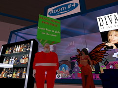 Second Life BB 02 (Gary Hayes) Tags: secondlife bigbrother housemates xmastree challenges endemol muve environmentdesign virtualrealitytv tvformat