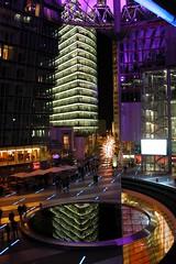 Berlin Sony Center bei Nacht