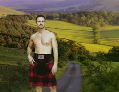 Malcolm (Diogioscuro) Tags: kilt kilts cuteguy kilted dws meninkilts diogioscuro guysinkilts