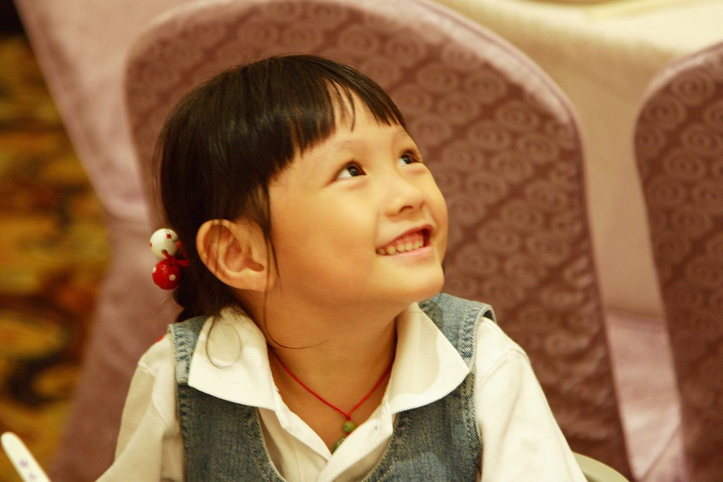 Cute little girl~~