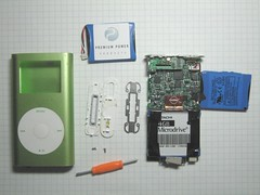ipod battery mini hacking