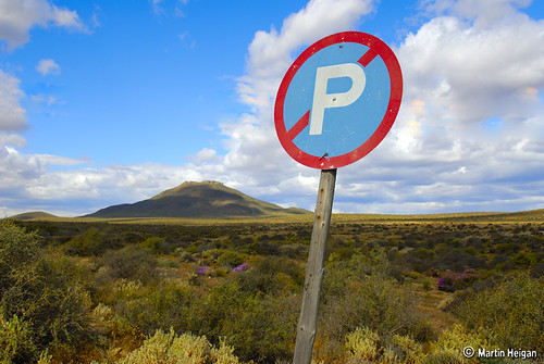 More Karoo. Please note that you may not park in it. Courtesy of Martin Heigan.
