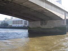 100_1423.JPG (Miki the Diet Coke Girl) Tags: england london thamesriver riverboatcruise
