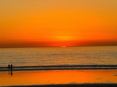 Happy Couple (Ricardo (Sr.)) Tags: ocean california sunset sea beach couple sandiego