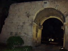 cleopatras arch tarsus