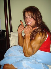 Carbing up (hansk01) Tags: female muscle elenaseiple fbb