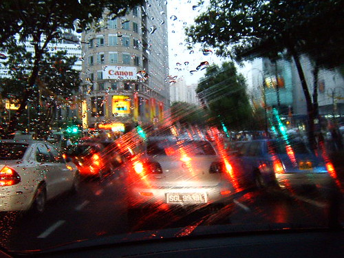 Traffic on Orchard Road in the rain