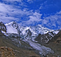 Sister Peaks, Pakistan (Kaafoor) Tags: trip travel blue pakistan summer sky lake mountains green water beautiful beauty amazing awesome north lakes visit best valley pakistani adeel distortions iloveit northernarea karambar ishkoman theworldsbest greaan pakistaniphotographer karomber swinje karomberexpedition karomberlake karachite ilovetraveling ihavebeentothisplace