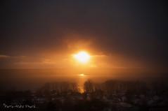 """Soleil mystérieux ... ( P-A) Tags: soleil mystérieux phénomène météorologique ciel coucherdesoleil lacdeschênes aylmerqc nuages gris brillance photos simpa© """"nikonflickraward"""""""