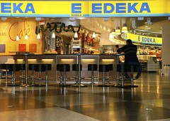 EKA   E     - last customer (*Christiane*) Tags: germany munich bavaria cafe customer neonsign flughafen stool kunde hocker leuchtreklame mucairport