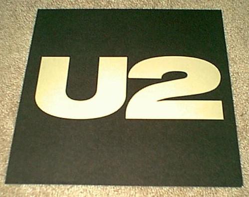 u2 banner