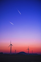 Air network (Andreas Reinhold) Tags: blue sunset sky power wind air energie traces trails planes gradient windfarm windpower baesweiler