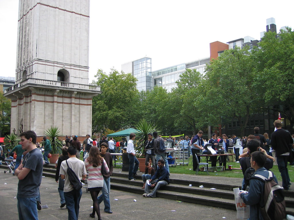 Fresher's Fair at Imperial College (incl. long description)