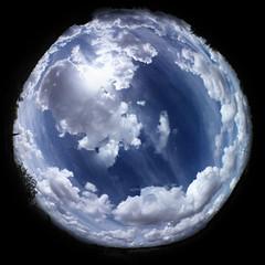 Polaris (Rufus Gefangenen) Tags: blue sky cloud azul k750