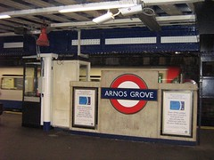 "arnos grove station • <a style=""font-size:0.8em;"" href=""http://www.flickr.com/photos/70272381@N00/294049949/"" target=""_blank"">View on Flickr</a>"