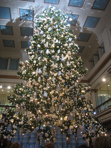 marshall fields, macys, walnut room, martha stewart, tree, christmas