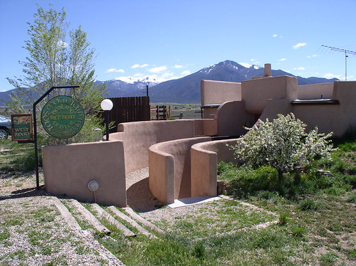 Taos Mountain Inn