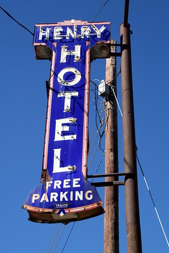 henry hotel neon sign