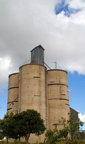 IMGP1948 kairi silos