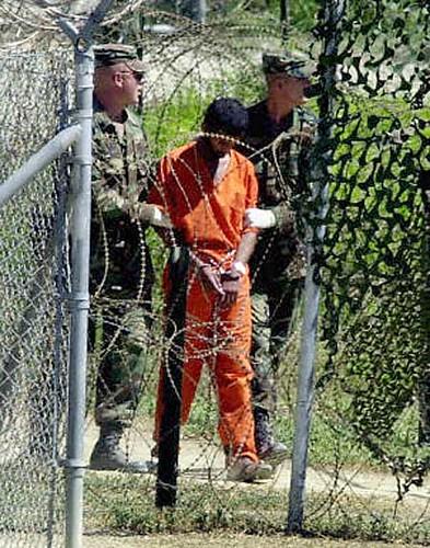 Un preso en Guantánamo