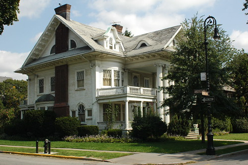 1305 Albemarle Road