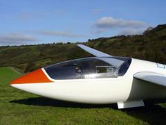 Gliding at Dunstable (Ian Wilson) Tags: london gliding glider gliders dunstable dunstabledowns aerotow londonglidingclub
