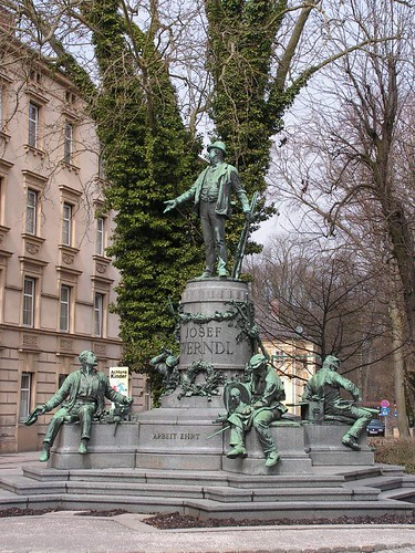 A monument to Josef Werndl