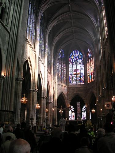intérieur cathédrale (MOULINS,FR03)
