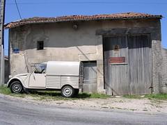 France 2004 (azu250) Tags: france citroen 2cv ville 250 besteleend azu deuche camionette